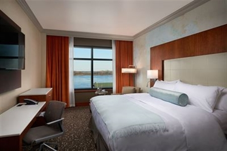 The Merrill Hotel & Conference Center guest room rendering